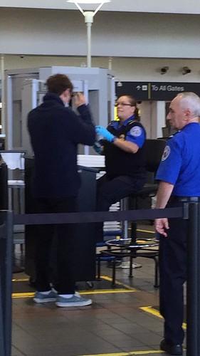 Big Bang - Los Angeles Airport - 06oct2015 - _aakise_ - 007