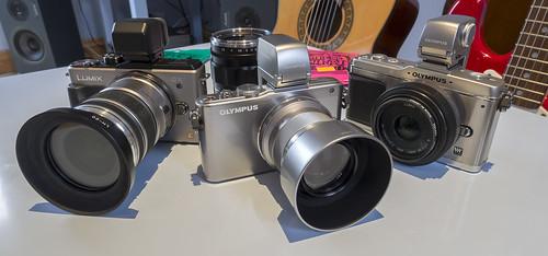 Olympus OM-D E-M5 12mm f/2