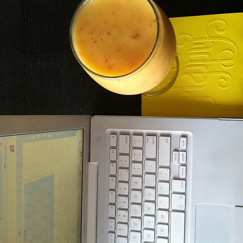peach daiquiri and blogging on a Sunday afternoon