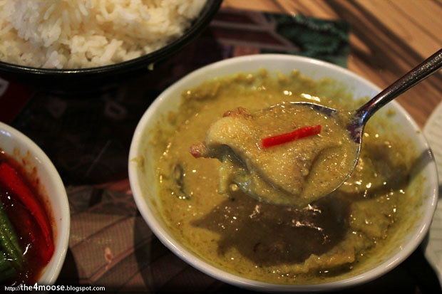 Sweet Salty Spicy - Green Curry