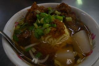 Wanhua Night Market 華西街/廣州街 - 排骨酥面
