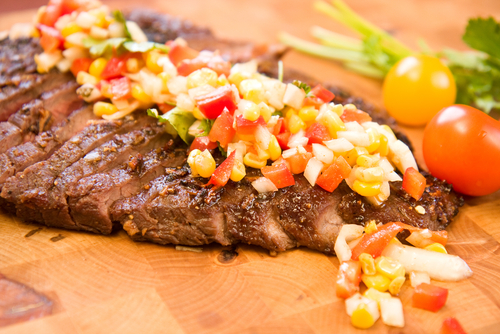 flank steak with tomato relish