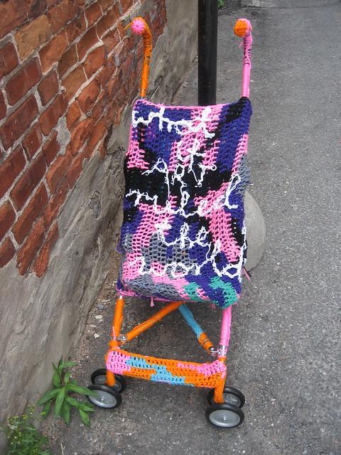 Graffiti Knitting Epidemic : Knitted stroller graffiti knitting in montr�al qu�bec