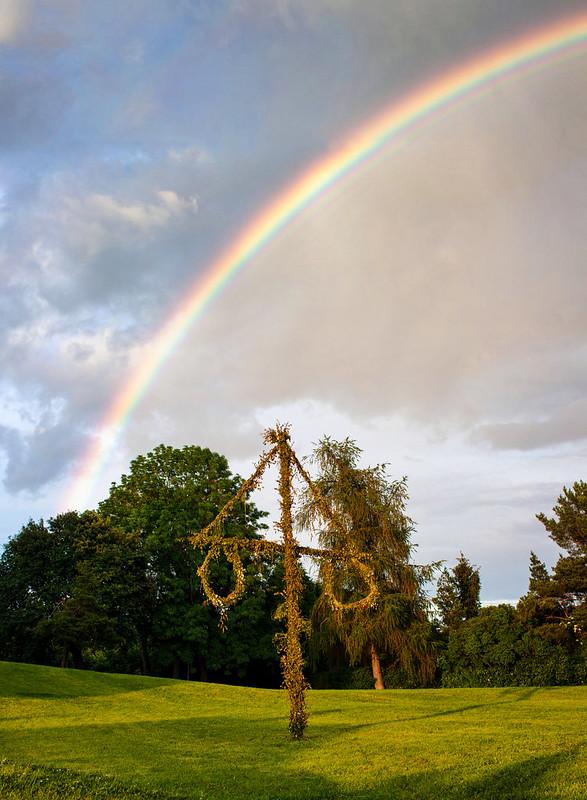 Maypole Rainbow