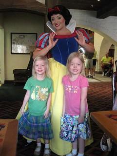 Julie Lipe Reynolds has some princess girls