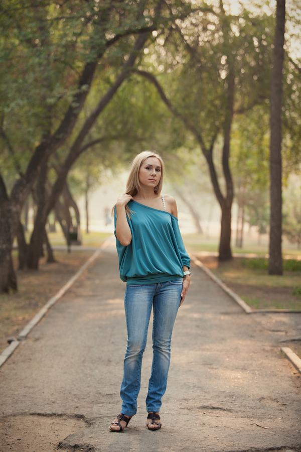 Уличная фотосъемка, прогулочная фотосессия, фотосессии девушек, фотосессия в парке