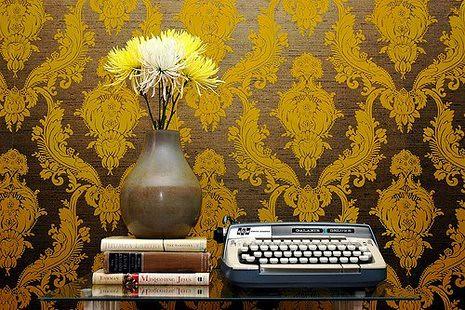 vintage typewriter 3