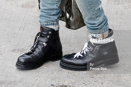 G-Dragon Chanel Show Paris - Press Photos - Getty Wire - 20150127 - 1