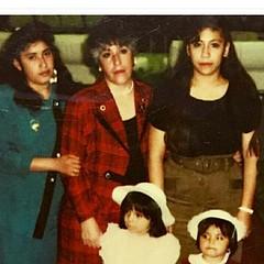 #PatriciaBolan #rocioBolan #carmenGarcia #isabelMelo #EuniceMelo Mi madrecita que Bella, Lindos Recuerdos  En Woodland Hills  Hall en aquella Epoca en Una Asablea