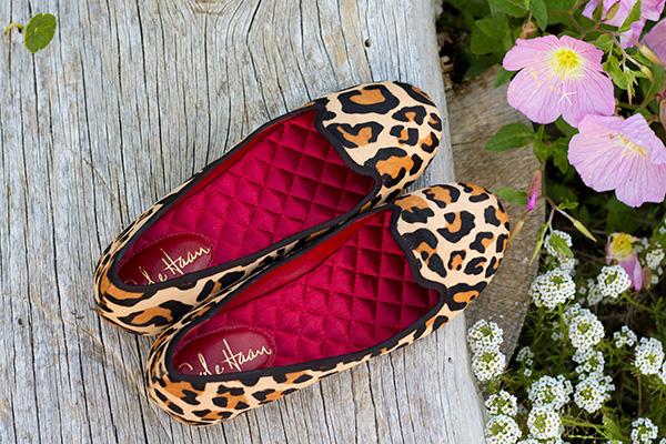 leopard-shoes-inside