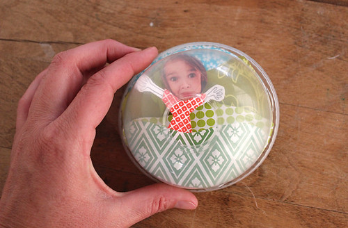adding plastic lid to photo magnet craft