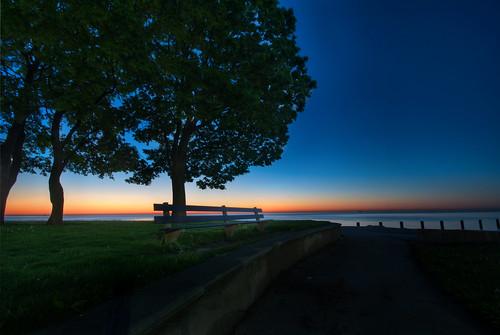 street blue light lake chicago beach sunrise bench dawn illinois nikon glow michigan sigma hour 1020mm fullerton d90