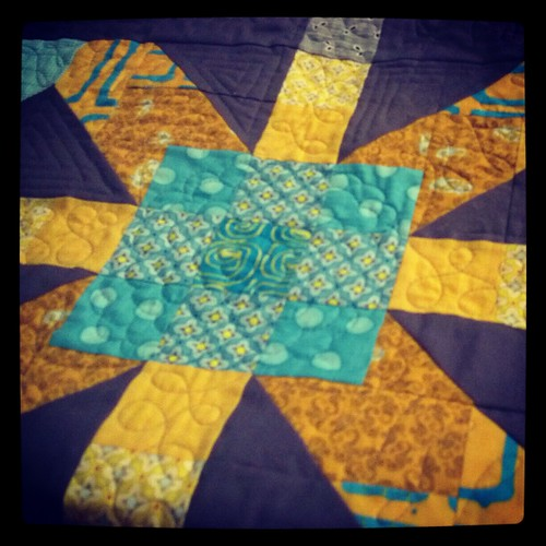Supernova quilting detail