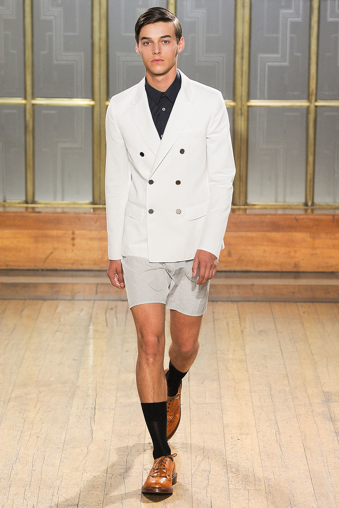SS13 London Nicole Farhi005_Robbie Wadge(VOGUE)