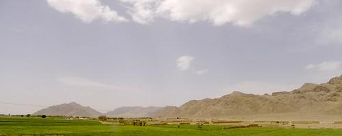 yazd-shiraz-L1030017