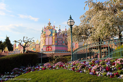 "Spring has arrived at ""it's a small world"""