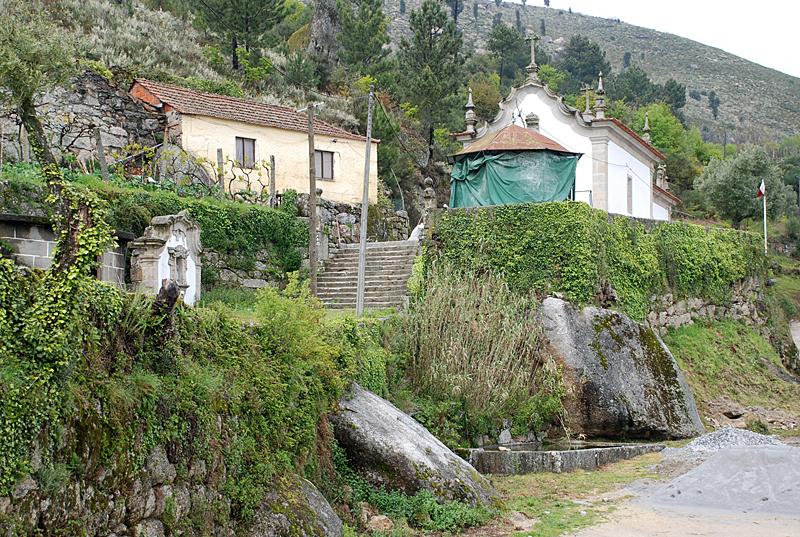 Sta Cruz do Douro 005