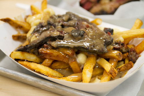 Poutine with smoked meat