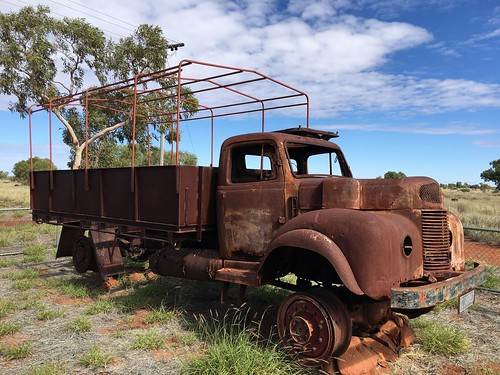 Len's ration truck at Kiwirrkurra