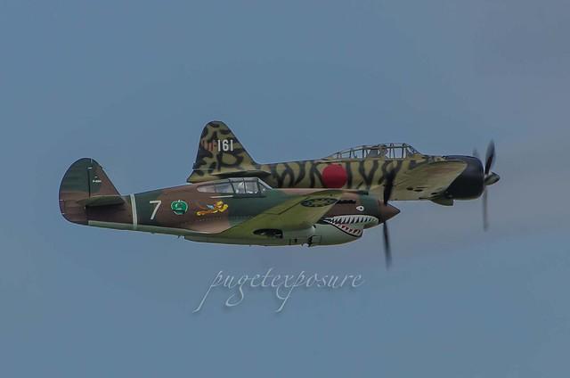 Curtiss P-40C Tomahawk Mitsubishi A6M3-22 (Zeke/Zero) N3852