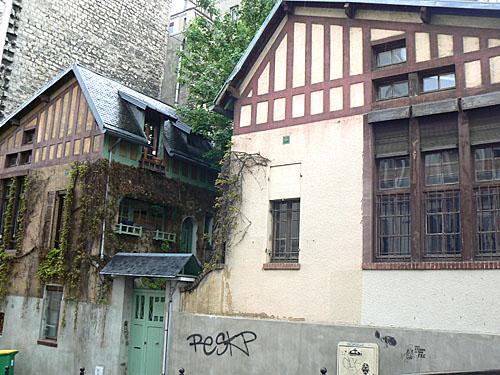 maison campagne Montmartre.jpg