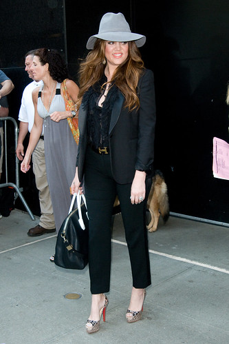 Khloe Kardashian Black Cropped Trousers  Celebrity Style Woman's Fashion