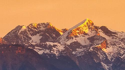 morning mountains alps nature sunshine sunrise slovenia slovenija gora kamnik limbarska