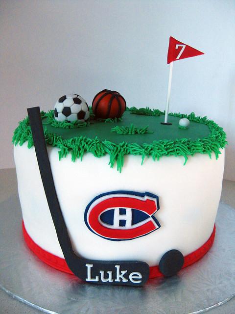 Cake Decorating Team Names : Favorite Sports Cake Flickr - Photo Sharing!