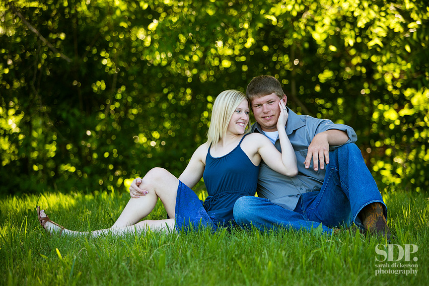 Liberty Missouri country engagement session