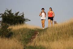 Běh v přírodě přináší nové zážitky. Zkusit ho může i začátečník