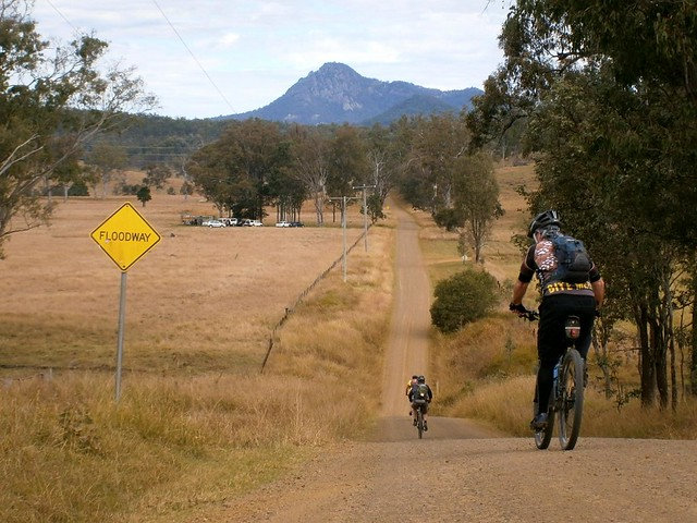 The Road to Flinders Peak