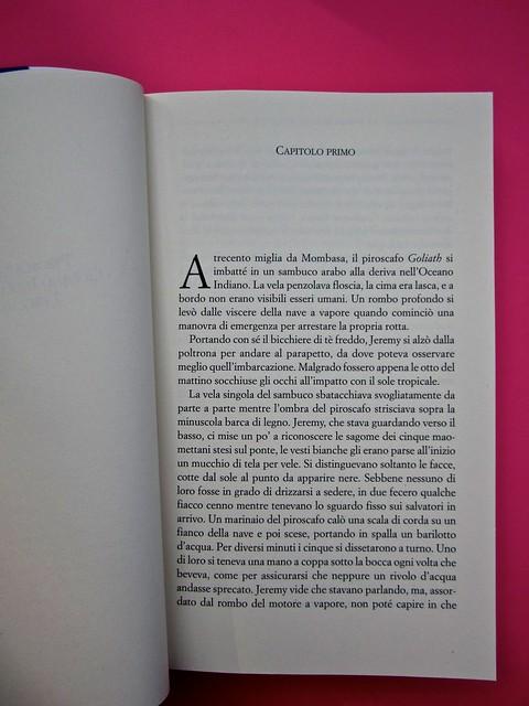 Audrey Schulmann, Tre settimane a dicembre. edizioni e/o. Grafica di Emanuele Gragnisco. Pag. dell'incipit (part.), 1