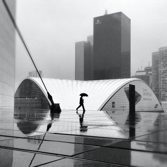 Walk - Minimalism in Street Photography