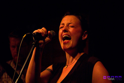 Holly McNarland @ The Rivoli 06/16/2012