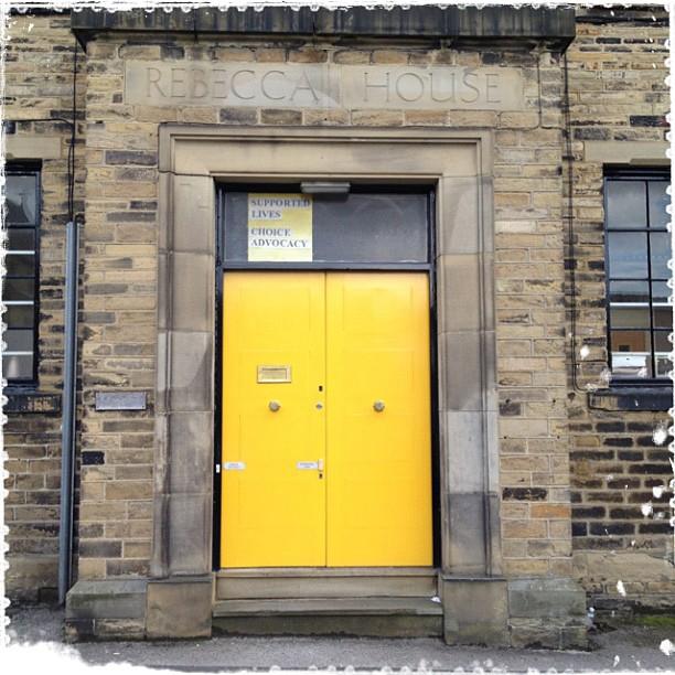 I love the look of this door