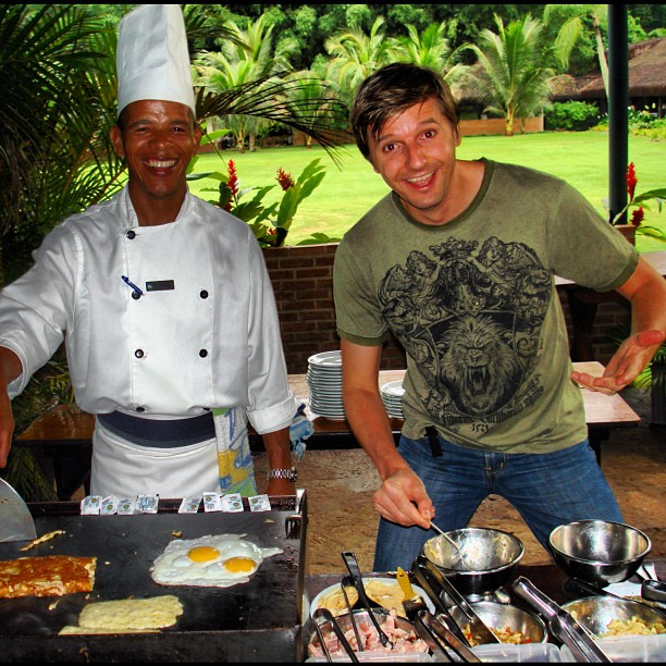 Taking a #cooking class from one of the kewlest #chefs in #Brazil. Open air kitchens rock!