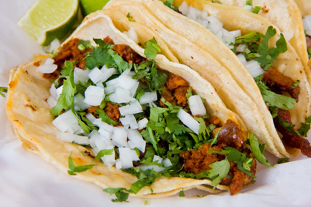Chorizo taco, El Aguila