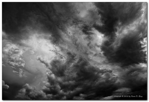 summer sky blackandwhite bw cloud storm newmexico art clouds 35mm canon landscape daylight blackwhite interestingness interesting desert dramatic adobe highdesert rainstorm thunderstorm fullframe drama thunderclouds cloudysky stormclouds thunderheads clearingstorm canon5dmkii glixpix kevindrenz kevinrenz kdrenz canonef24104mmf4lusmis