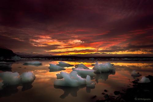 camping colors night iceland twilight lagoon glacier nótt vatnajökull jökull litir lón fjallsjökull ljósaskipti múli fjallsárlón breiðamerkurfjall hphson tjaldað
