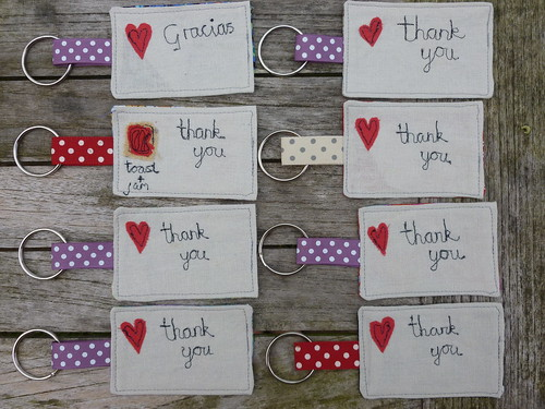 8 thank you key rings
