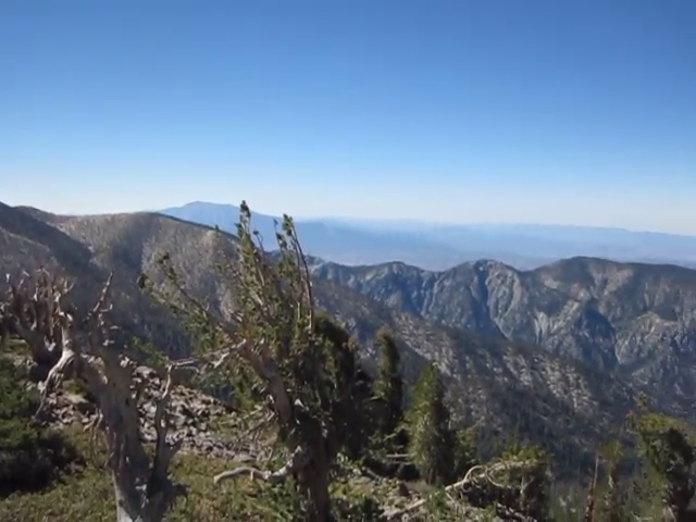 1247 Panorama video from the summit of Shields Peak