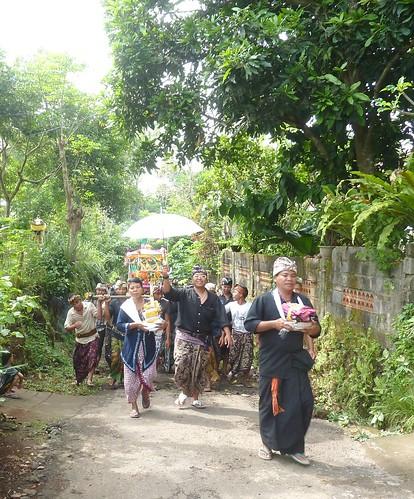 Bali-Funéraille hindoues-Procession (17)