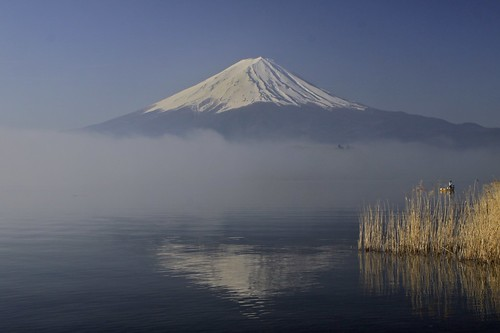 blue sky mountain lake snow reflection grass fog fuji wave kawaguchi 2mt