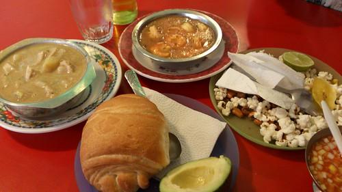 Ceviche と Guatita