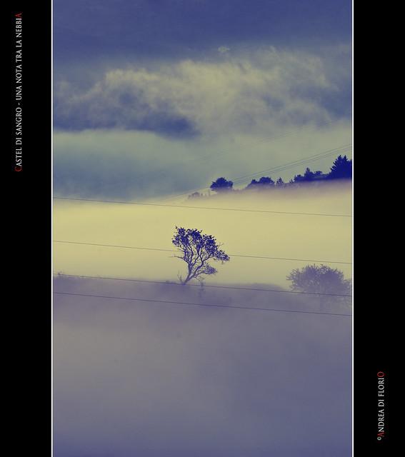 Castel di Sangro - Una nota tra la nebbia