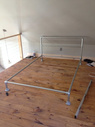 assemble the pipe bed frame