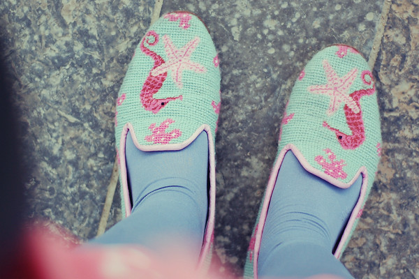 Wardrobeblock : Topshop pale blue tights thrifted vintage knitted sealife loafers coral turquoise seahorse