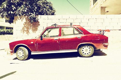 red car palestine westbank territories spoiler palestinian vestbredden
