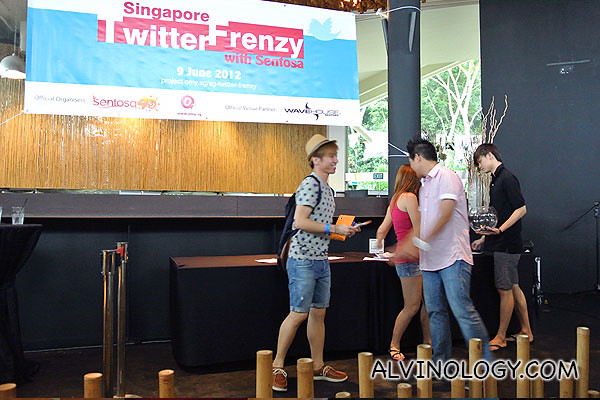 A lot of other prizes were given away on-the-spot, sponsored by Sentosa and Wavehouse
