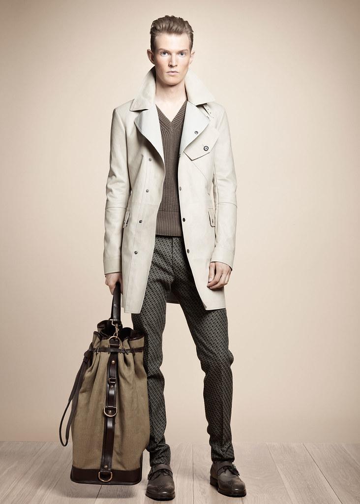 SS13 Milan Belstaff036_Adrian Bosch(fashionising.com)